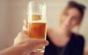 Las causas de la adicción al alcohol